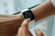 Иллюстрация к новости Спрос на «умные» наручные часы быстро растёт
