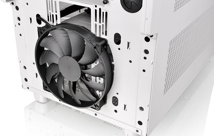 Thermaltake Core X9 Snow Edition