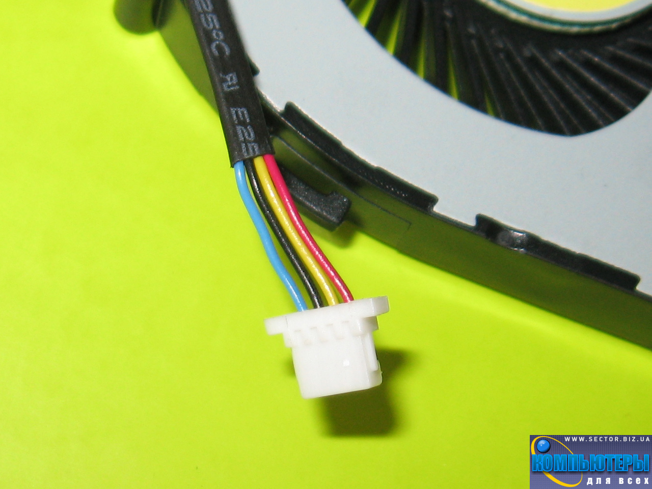 Кулер к ноутбуку Acer Aspire V5-471 V5-471G V5-531 V5-531G V5-571 V5-571G p/n: DFS481305MC0T FC38 23.10703.001. Фото № 1.