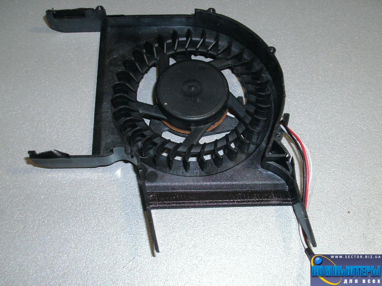 Кулер к ноутбуку Samsung R428 R429 R480 R478 R403 P428 R439 R440 p/n: DFS531005MC0T F81G-2. Фото № 2.